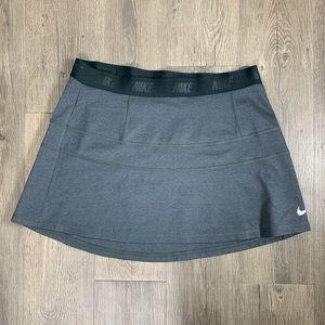 Nike drifit golf skirt
